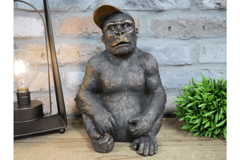 Gavin The Gorilla (Junior) Garden Decor - Giftworks