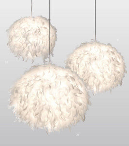 This is quirky Centre Light with a white feathered shade which the light shines softly and warmly. It has an extravagant design that looks like an airy cloud. An eye-catching modern twist to any classic interior at Giftworks