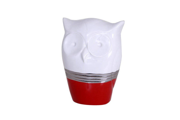 RED OWL The duality of colors draws your attention on the modern and refined lines of this ceramic range/Giftworks, Ennis&Galway