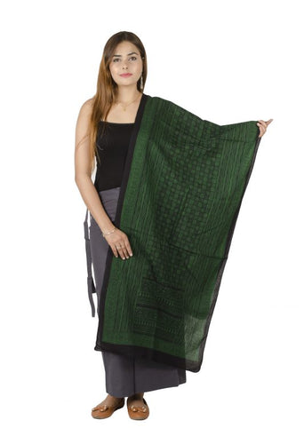 GREEN & BLACK FREE SIZE PRINTED COTTON STAWL