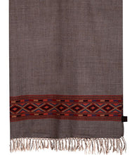 Load image into Gallery viewer, HANDWOVEN GRAY SHAWL CHASAM : HP