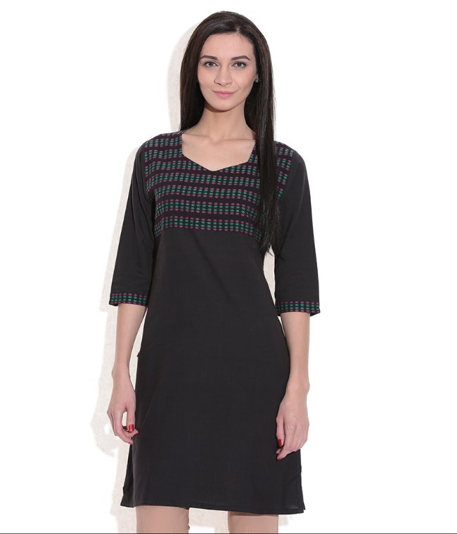 LONG KURTA WOMEN BLACK HANDWOVEN COTTON FABRIC