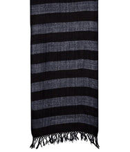 Load image into Gallery viewer, HANDWOVEN MUFFLER – SHEEP WOOL BLACK : HP