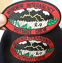 Load image into Gallery viewer, Midewin Hotshots – Richardson Snapback Trucker Cap (black/black)