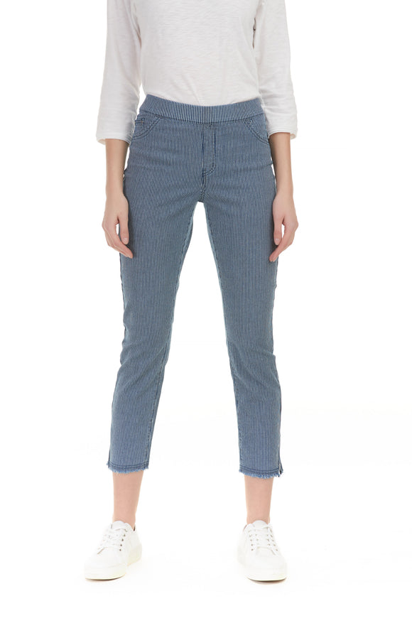 STRETCH DENIM WITH ZIPPER DETAIL