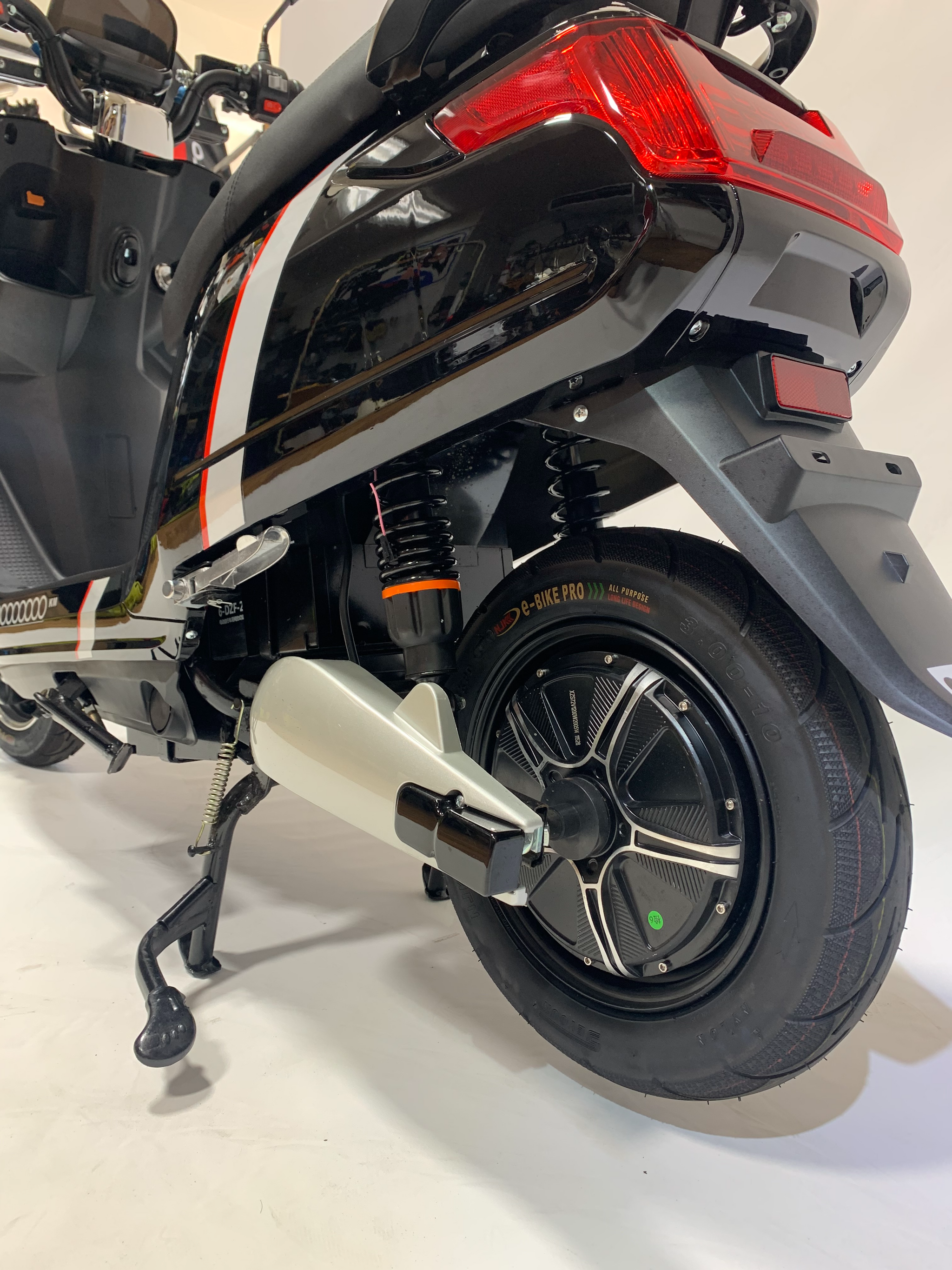 2021 Zoom Electric Moped