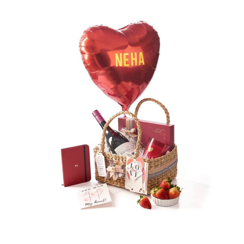 Valentine Hamper with Red wine