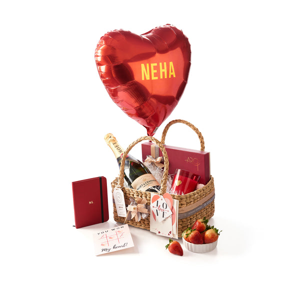 Valentine Hamper with Moet & Chandon