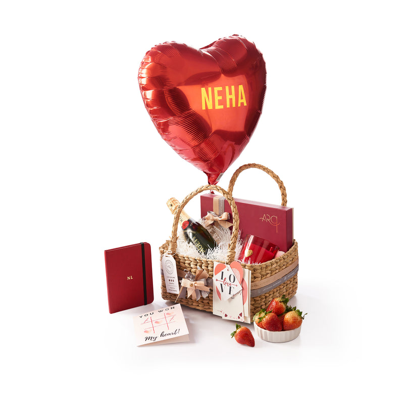 Valentine Hamper with Small Moet & Chandon