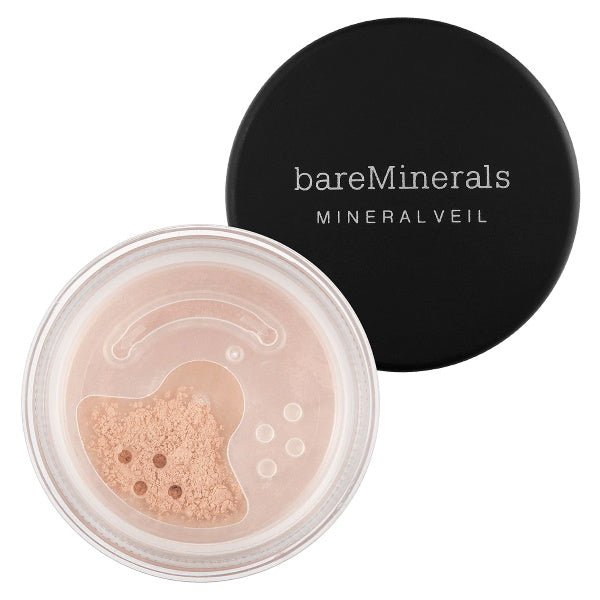 A weightless, sheer mineral setting powder that blurs and minimizes the appearance of fine lines and pores and leaves skin with an always photo-friendly, soft-focus finish.