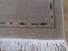 Load image into Gallery viewer, Gabbeh Napile Design Handmade Artisan Handknotted Real Wool Classy Amazing Unique Rug