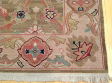 Load image into Gallery viewer, Beautiful Fine Oriental Suomack Traditional Design Real Wool Classy Handknotted Unique Rug