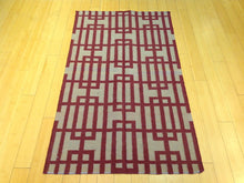 Load image into Gallery viewer, Beautiful Interior-Decorator Modern Gorgeous Handwoven Reversible Dhurrie Kilim Handmade Real Wool Rug