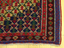 Load image into Gallery viewer, Beautiful Interior-Decorator Oriental Persian Sanna Lovely Handwoven Reversible Kilimreal Wool Unique Rug