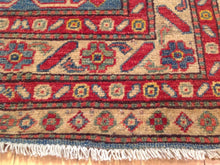 Load image into Gallery viewer, Fine Oriental Runner-Rugs Design 100-Percent Wool Runner-Rug Hand-Knotted Handmade
