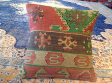 Load image into Gallery viewer, Vintage Style Hand-Woven Kilim Pillow Cover