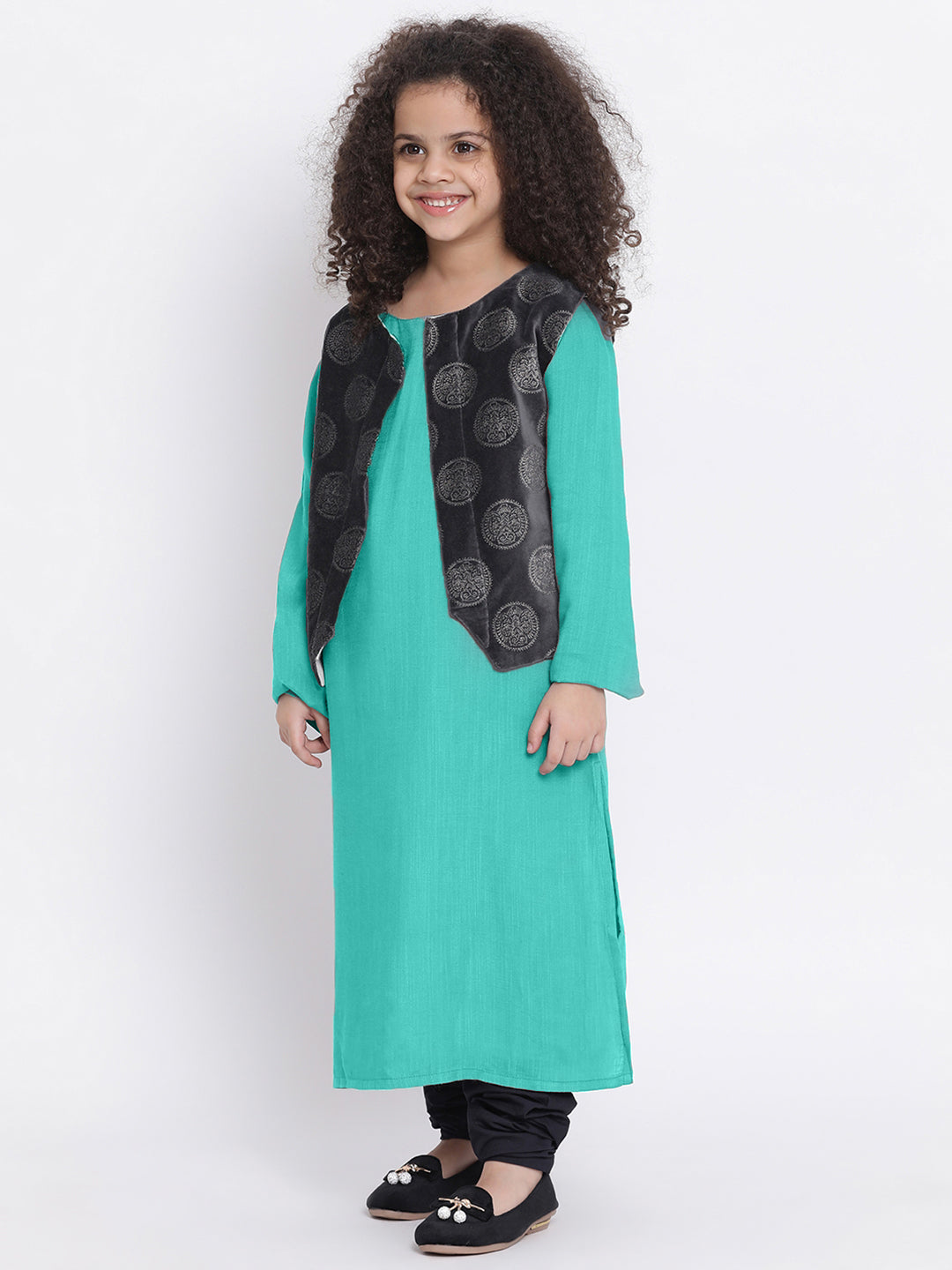 URVI skyblue Kurta pajama with shrug for Girls