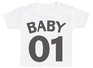 Mummy Baby 01 - Matching Set - Baby / Kids T-Shirt & Dad T-Shirt - The Gift Project