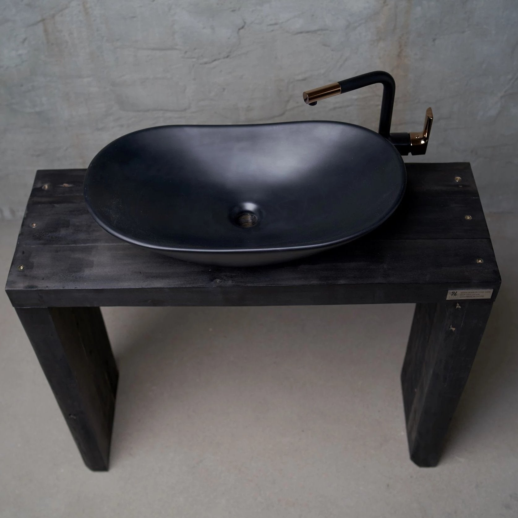Bathroom vanity The Black Arch