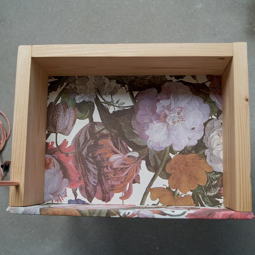 Flying SideLight box (flowers)