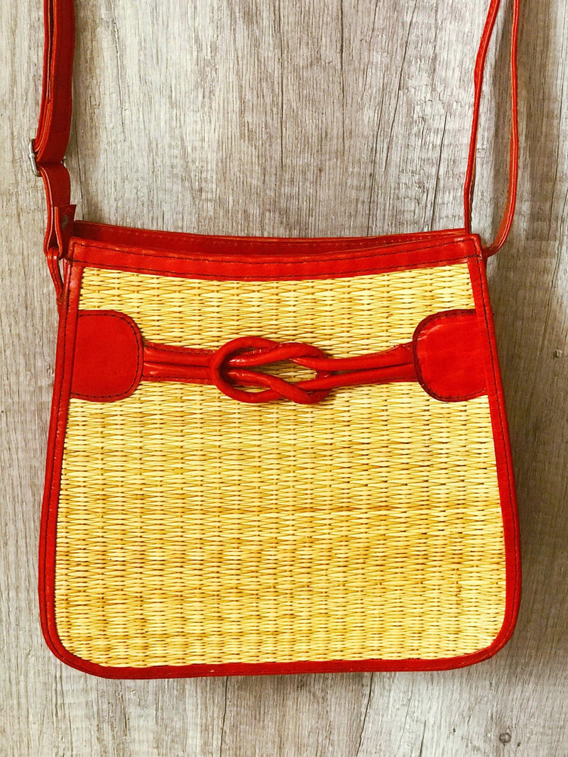 "Sac à main Cuir et fibres naturelles ""KnB Design Rouge"" • Collection Sak Macoute •"