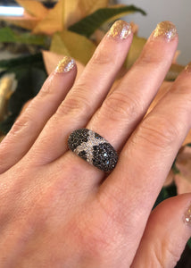 18k White Gold Black & Diamond Dome Ring