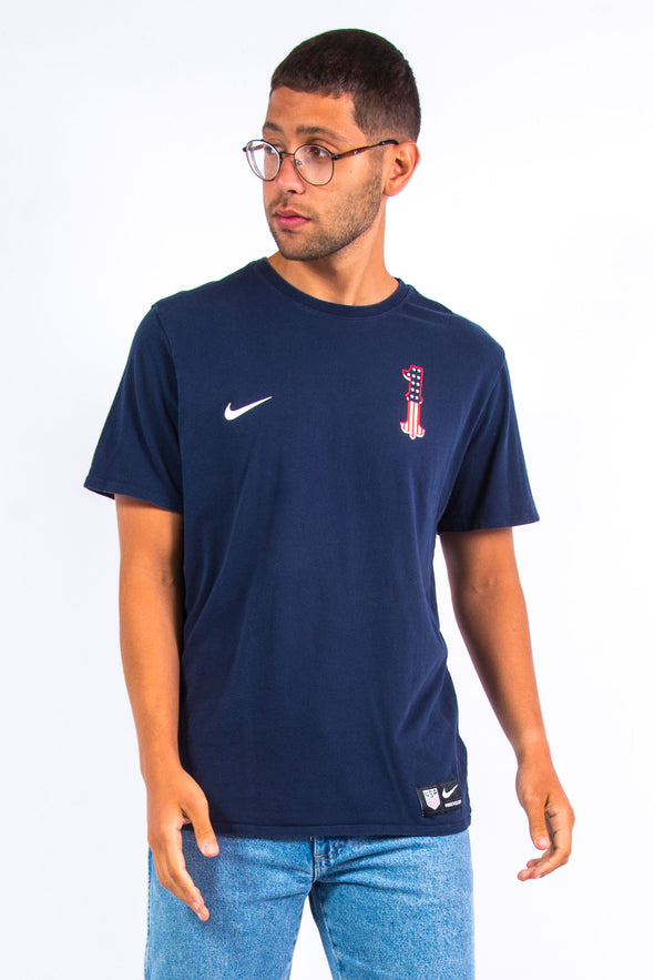 Nike USA soccer team t-shirt with Tim Howard