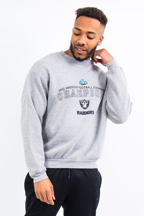 Vintage NFL LA Raiders 2002 Super Bowl Sweatshirt