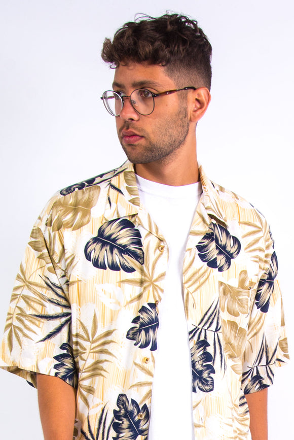 90's Rayon Hawaiian Leaf Print Shirt