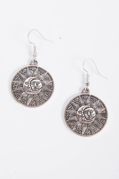 90's Style Sun & Moon Cute Circle Earrings
