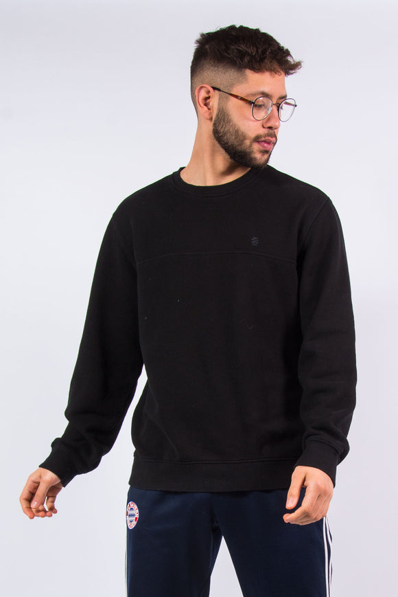 Vintage Plain Black Izod Sweatshirt