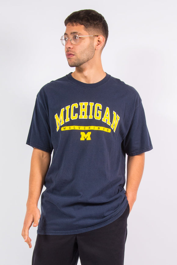 Navy blue The University Of Michigan Wolverines USA college t-shirt.