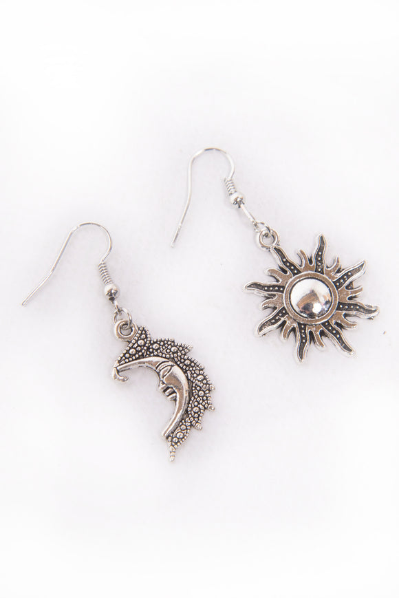 90's Sun & Moon Earrings