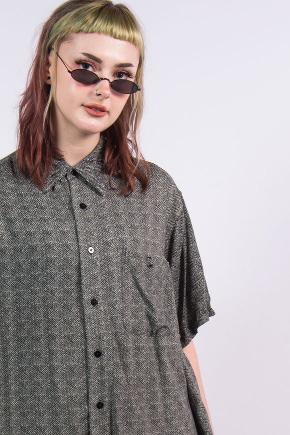 Vintage 90's Abstract Print Vacation Shirt