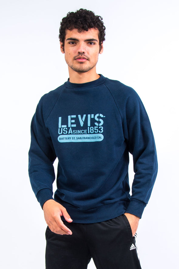 Vintage Levi's Graphic Sweatshirt