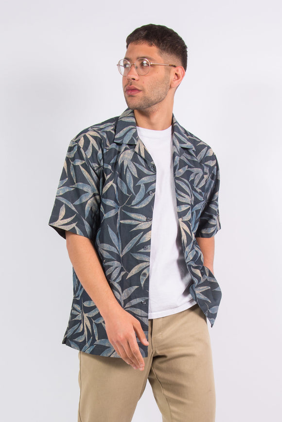 90s Leaf Print Hawaiian Shirt