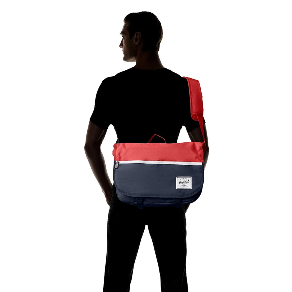 Pop Quiz Messenger Messenger 600D Navy/Red