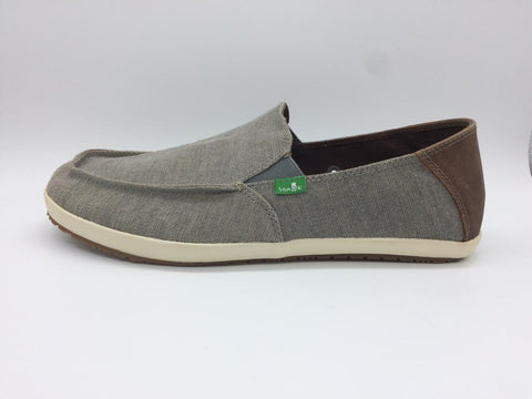 Men's Shoes, Sanuk Sideline Slip On. Size 10.5M - NEW !