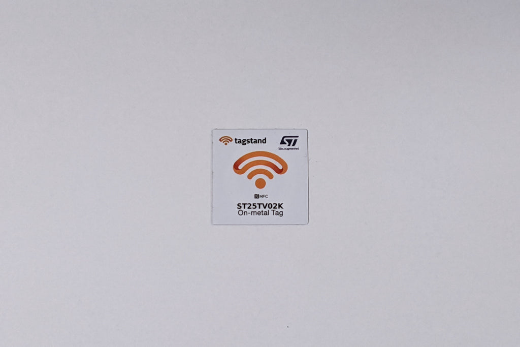 NFC Sticker - PET - ST25TV02K - 30x30mm - on-metal