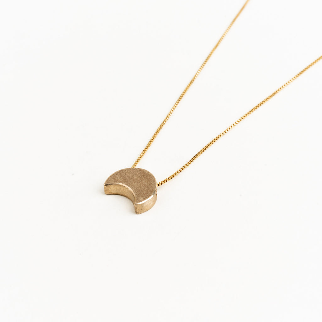 10k La Luna Necklace