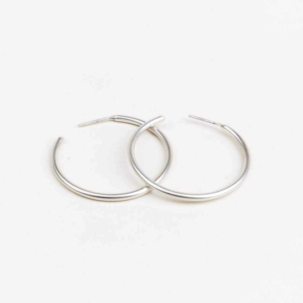 Classic Brushed Hoops