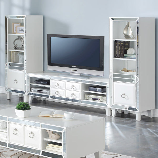 Majestic : TV Entertainment Unit