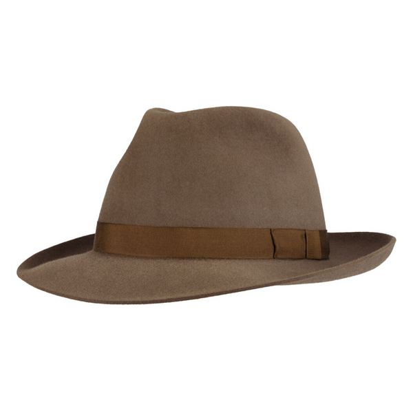 Angle view of Akubra Casual hat in Regency Fawn colour
