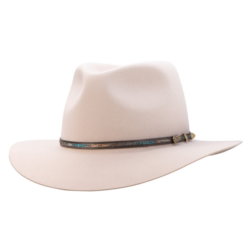 Angle view of Akubra Leisure Time hat in Light Sand colour