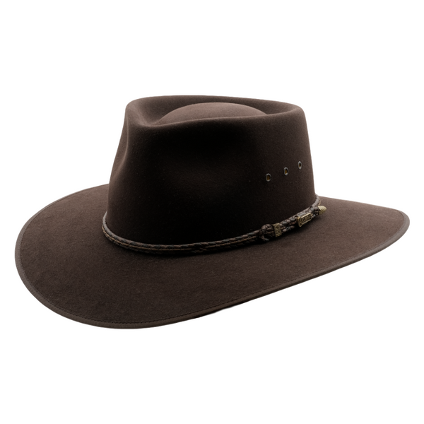 angle view of the Tanbark Brown Akubra Cattleman hat