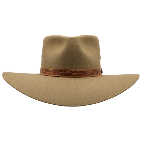 Front view of the Akubra Territory hat in Santone colour