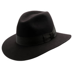 Angle view of the black Akubra Adventurer style hat