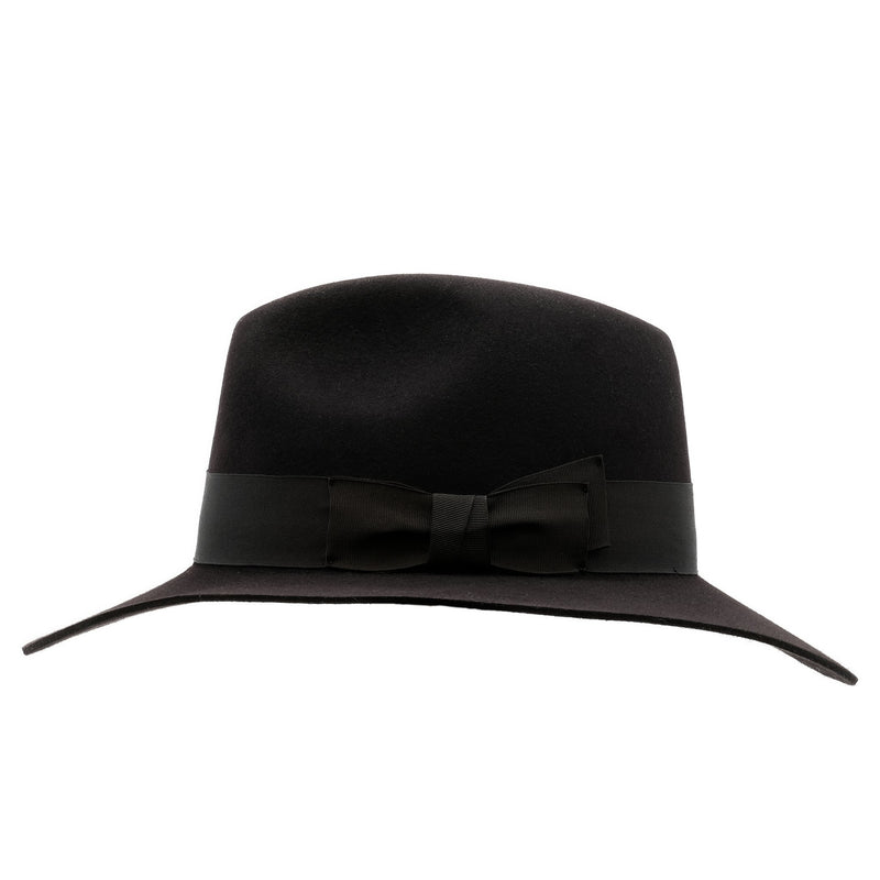 Side view of the black Akubra Adventurer style hat showing ribbon band detail
