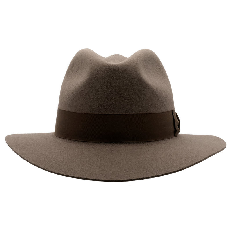 Front view of Akubra Adventurer hat in Regency Fawn colour
