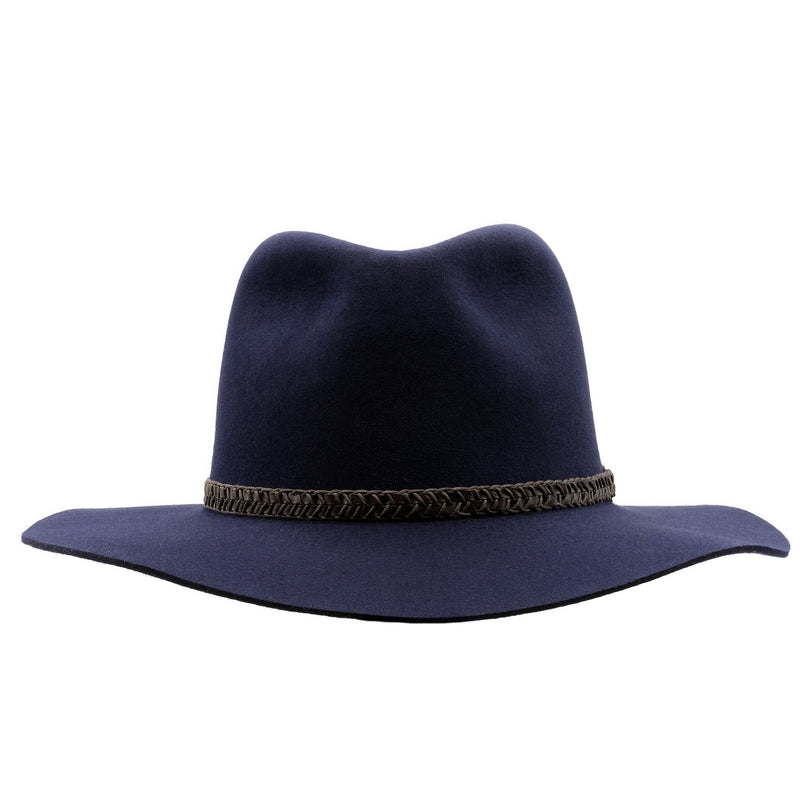 Front on view of the Akubra Avalon hat in Federation Navy colour